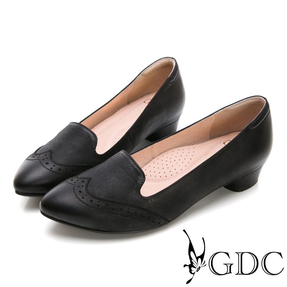 GDC-英倫文青真皮擦色尖頭雕花跟鞋-黑色