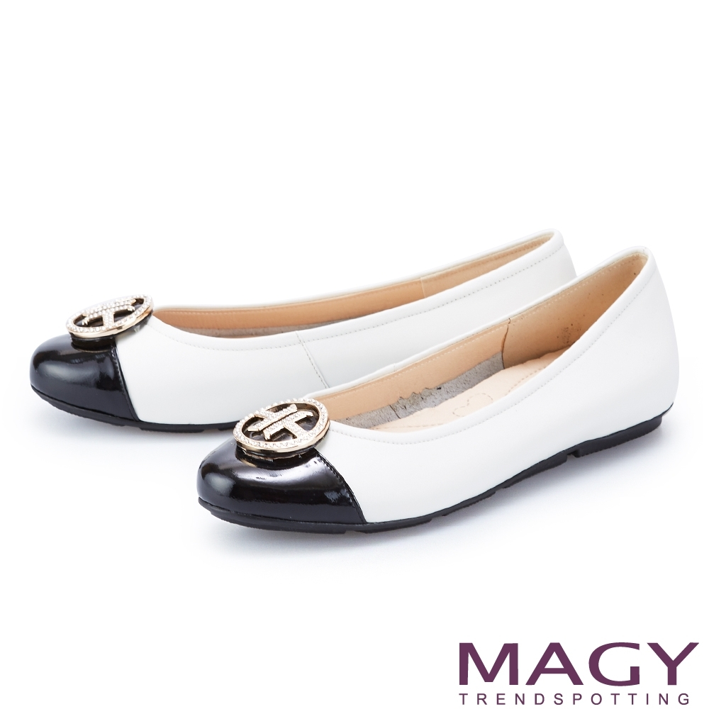 MAGY 金屬白鑽飾釦真皮 女 平底鞋 白色