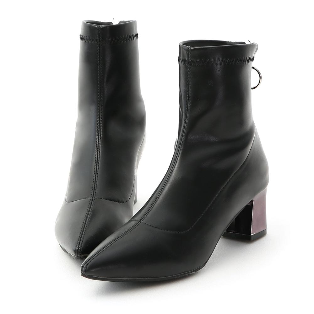 D+AF 時尚嚴選.尖頭後拉鍊金屬跟襪靴*黑