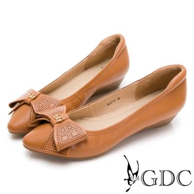 GDC-甜美可人簍空素色基本楔型鞋-棕色
