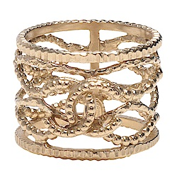 CHANEL 經典雙C LOGO簍空網格造型寬版戒指(金)