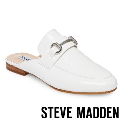 STEVE MADDEN-KANDI 馬銜扣真皮低跟穆勒鞋-白色