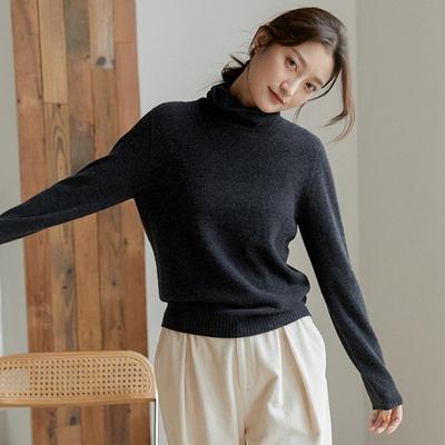 無縫一體高端澳洲美利奴羊毛鏤空緹花毛衣-設計所在