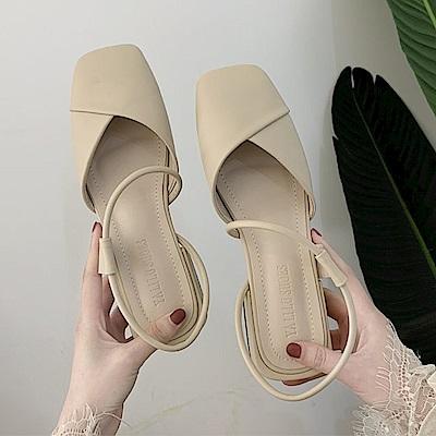 KEITH-WILL時尚鞋館 時尚元素舒適通勤亮面跟鞋-米色