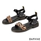 達芙妮DAPHNE 涼鞋-一字寬帶繞踝漆皮低跟涼鞋-黑