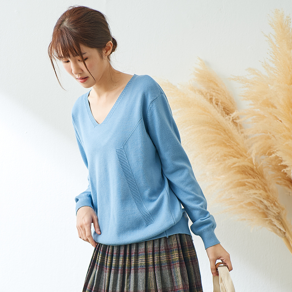 慢 生活 後排釦造型針織衫-藍/杏