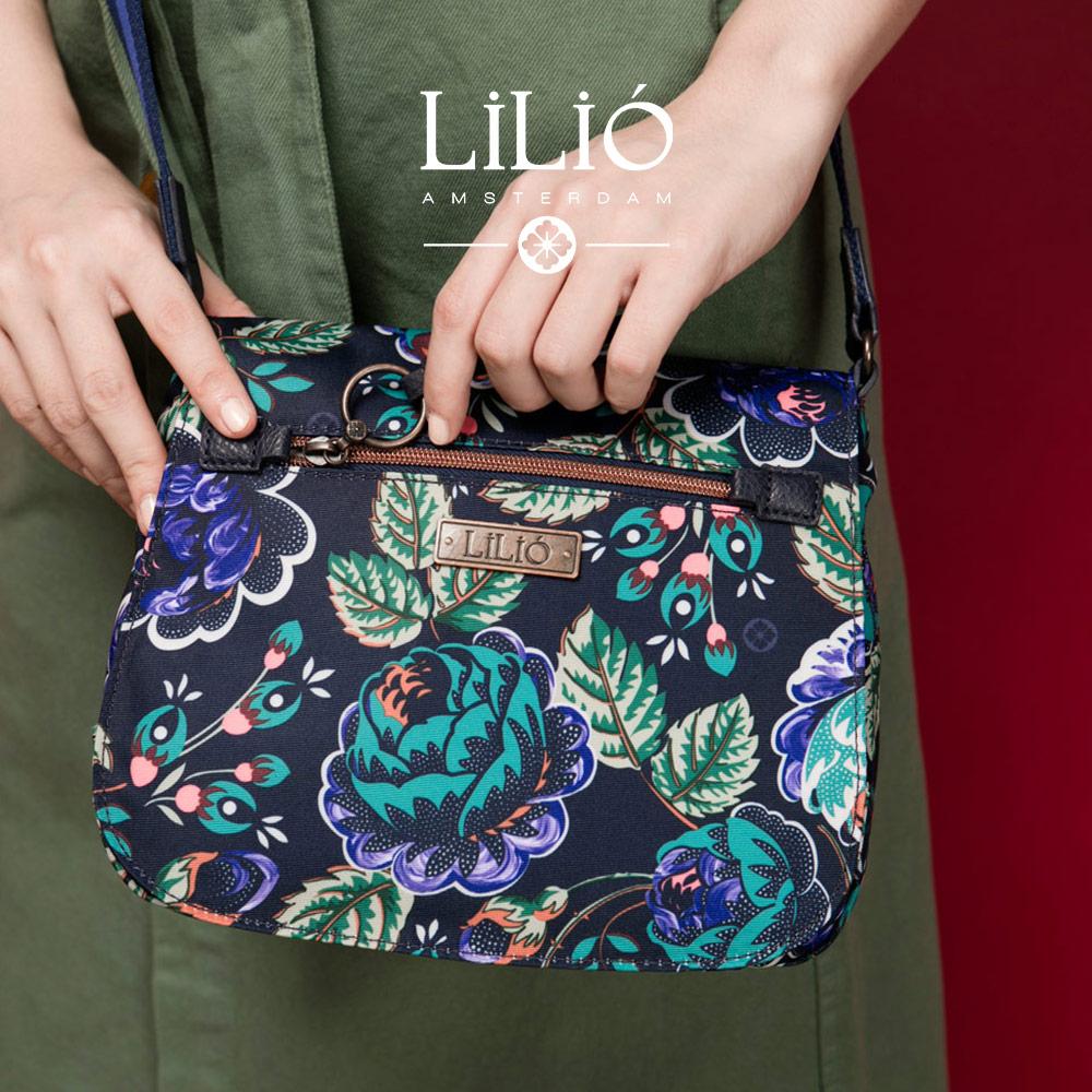 織帶翻蓋背殼斜背包-法國玫瑰復刻印花-紺青藍【LiliO】