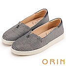 ORIN 引出度假氣氛 LOGO刺繡條紋布面平底便鞋-藍色