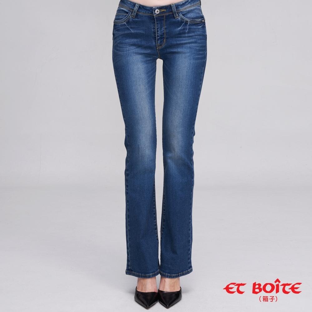 ETBOITE  箱子  經典弧線高腰靴型褲(淺藍)