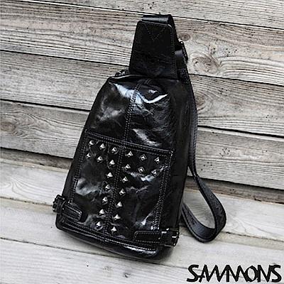 SAMMONS 傑尼斯鉚釘單肩包 光澤黑
