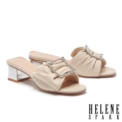 拖鞋 HELENE SPARK 別致高雅晶鑽方釦全真皮高跟拖鞋-米