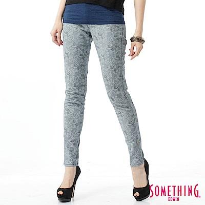 SOMETHING LADIVA伸縮窄直筒牛仔褲-女-漂淺藍
