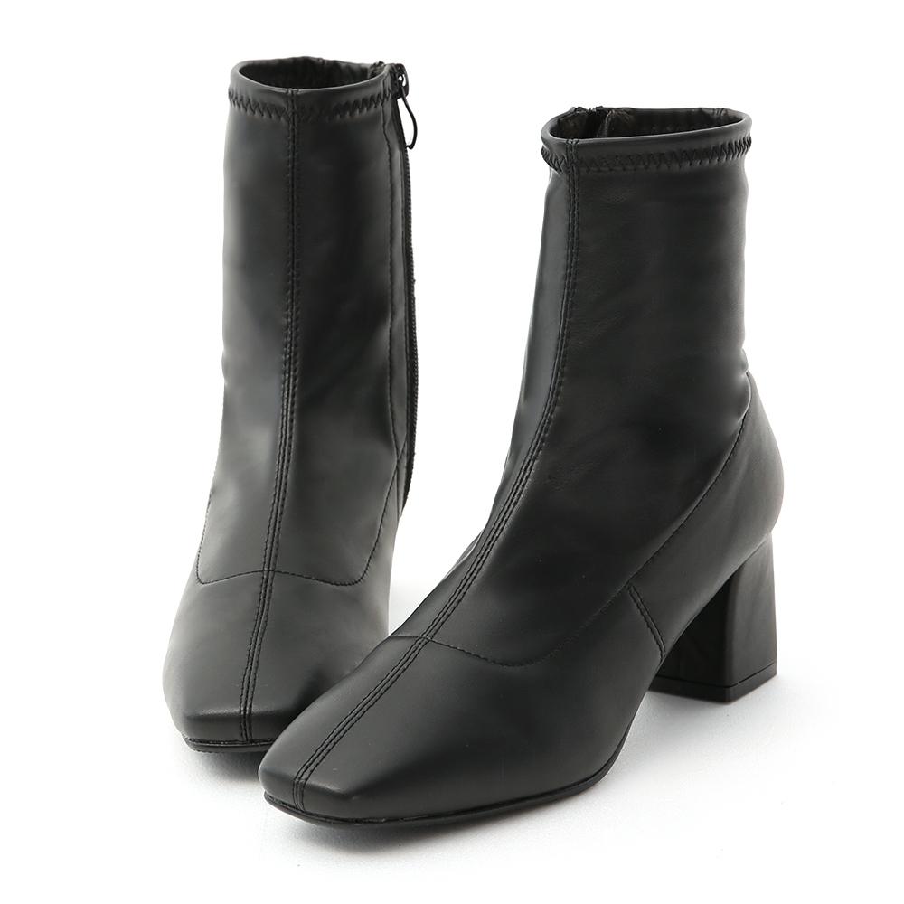 D+AF 時尚聚焦.素面皮質合腿中跟襪靴*黑
