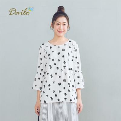 【DAILO】幾何形狀插圖-上衣(三色)