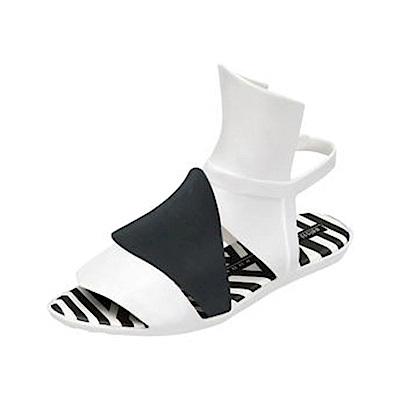 MELISSA 蓋瑞斯哥德風設計款 -白/黑