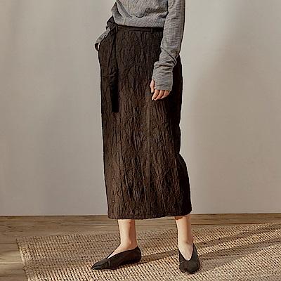 旅途原品_墨華_原創設計羊毛提花修身包裙-黑色