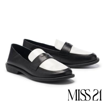 低跟鞋 MISS 21 極簡復古學院風全真皮方頭樂福低跟鞋-黑白