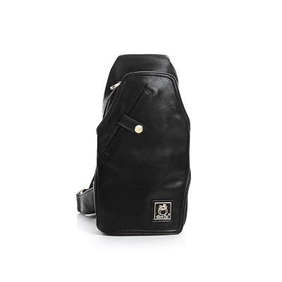 SharPei沙皮狗-城市漫遊x多夾層單肩胸包-典藏黑
