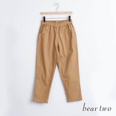 bear two- 裝飾卯釘素色長褲 - 卡其