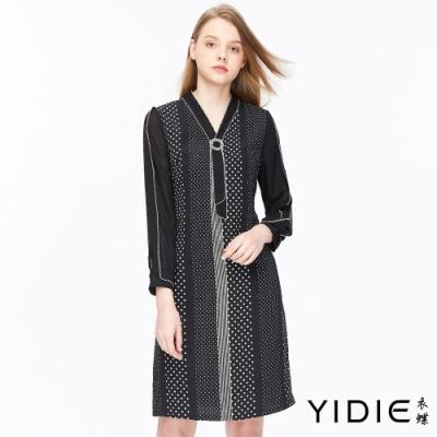 YIDIE衣蝶 復古圓點拼接蕾絲V領短洋裝-黑