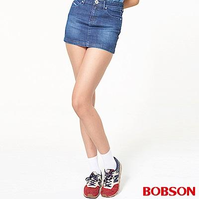 BOBSON 女款後袋刺繡鑽鋁牛仔短裙