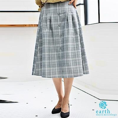 earth music 前排扣格紋裙