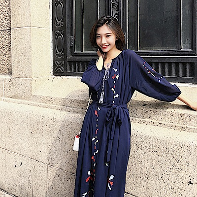復古溫雅刺繡雪紡洋裝-S~XL(共二色)-維拉森林