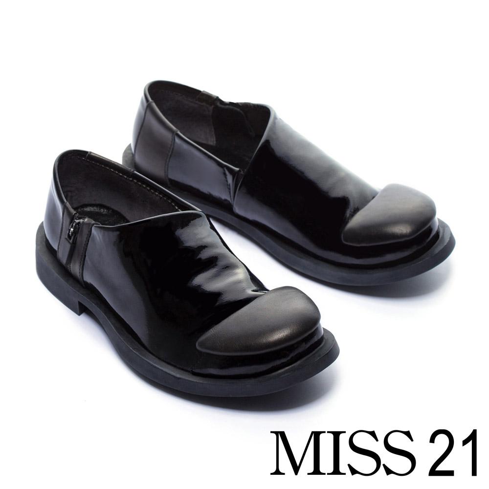 低跟鞋 MISS 21 中性極簡俏皮漆皮方頭低跟鞋 -黑 @ Y!購物
