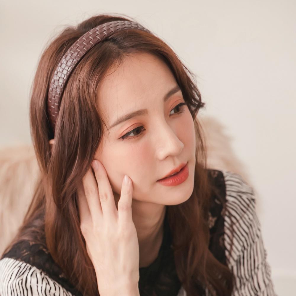 韓系皮革質感純色編織髮箍-OB大尺碼