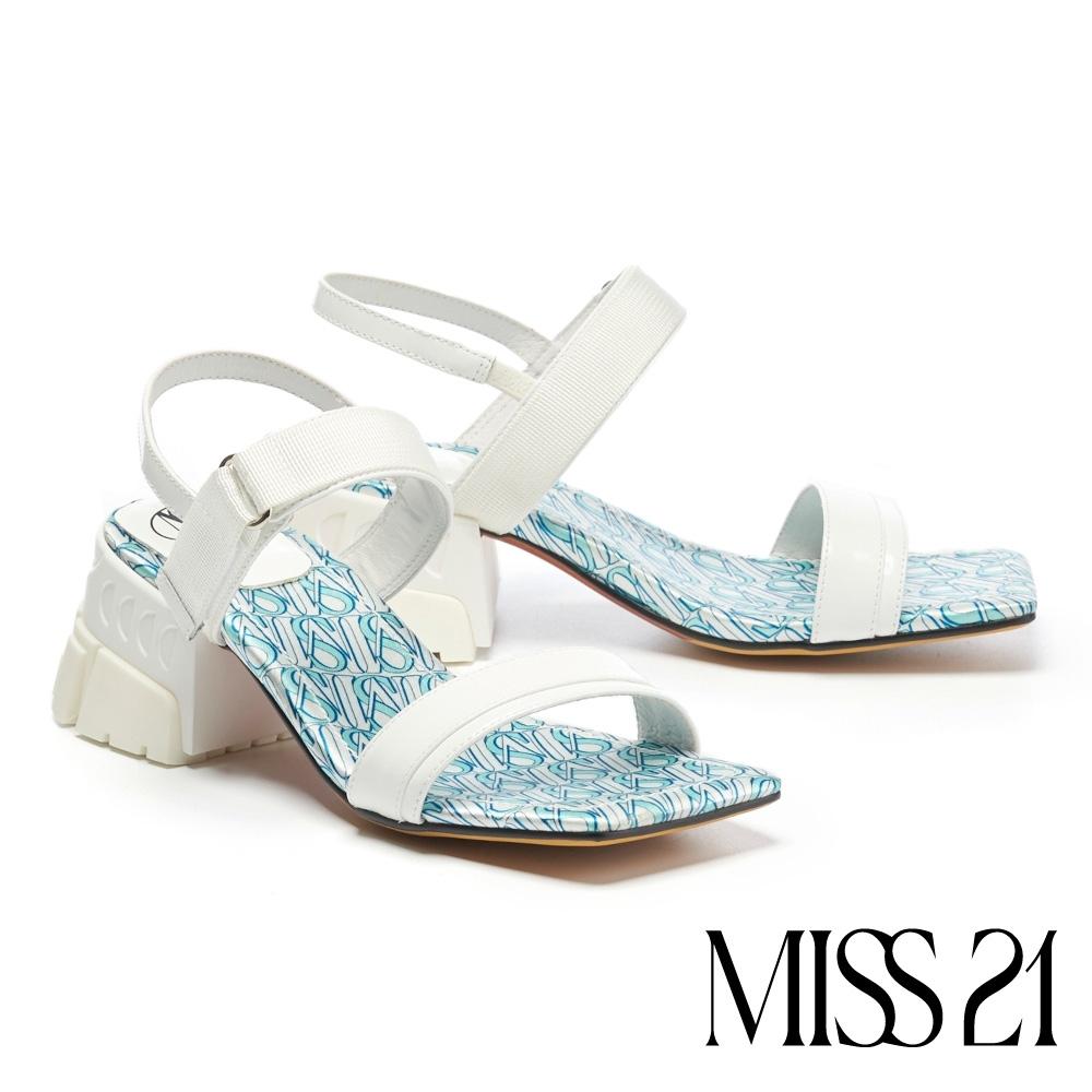 涼鞋 MISS 21 潮感休閒混搭風復古少女方頭粗跟涼鞋-白