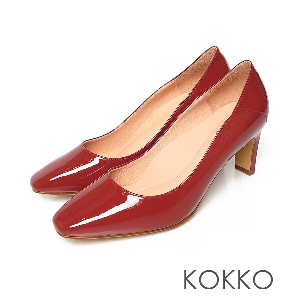 KOKKO極簡素面方頭舒壓扁真皮跟鞋烈焰紅