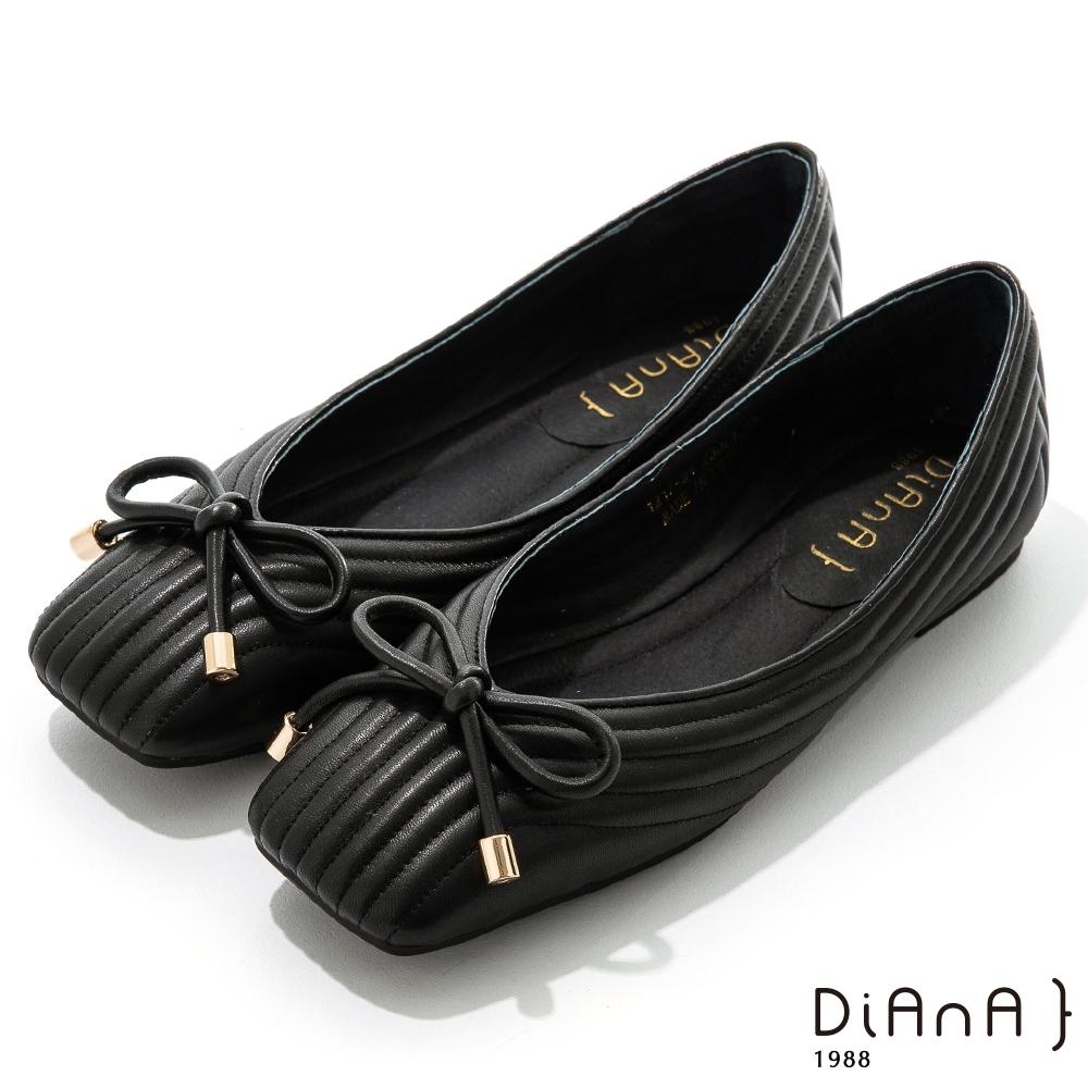 DIANA 0.5cm質感羊皮方頭娃娃鞋-都會時尚-黑
