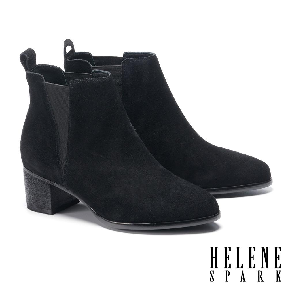 短靴 HELENE SPARK 俐落剪裁純色麂皮高跟短靴-黑