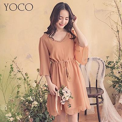 東京著衣-YOCO  法式性感大V領花瓣下擺流蘇綁帶洋裝-S.M