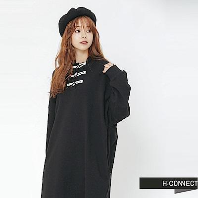 H:CONNECT 韓國品牌 女裝-牛角扣休閒連帽洋裝-黑