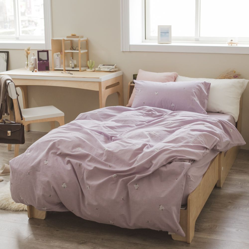 翔仔居家 新疆棉系列 單人刺繡被套 - 淺蘭紫x小花