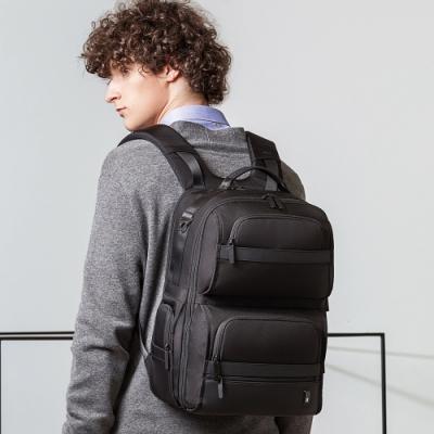 leaper 15.6吋多功能大容量後背包 黑色
