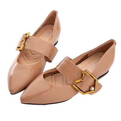 Robinlo 都會復古珍珠飾扣尖頭平底鞋 杏