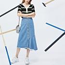排扣不對稱魚尾牛仔裙 TATA-(S~L)