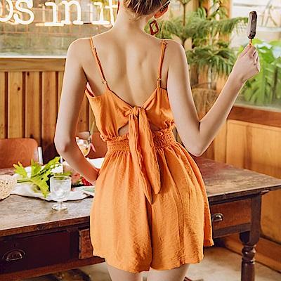 AIR SPACE 背綁結排釦細肩連身短褲(橘)