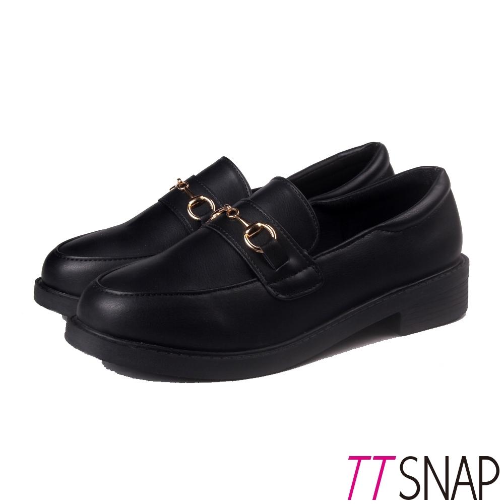 TTSNAP牛津鞋-金屬飾扣百搭學生鞋 黑