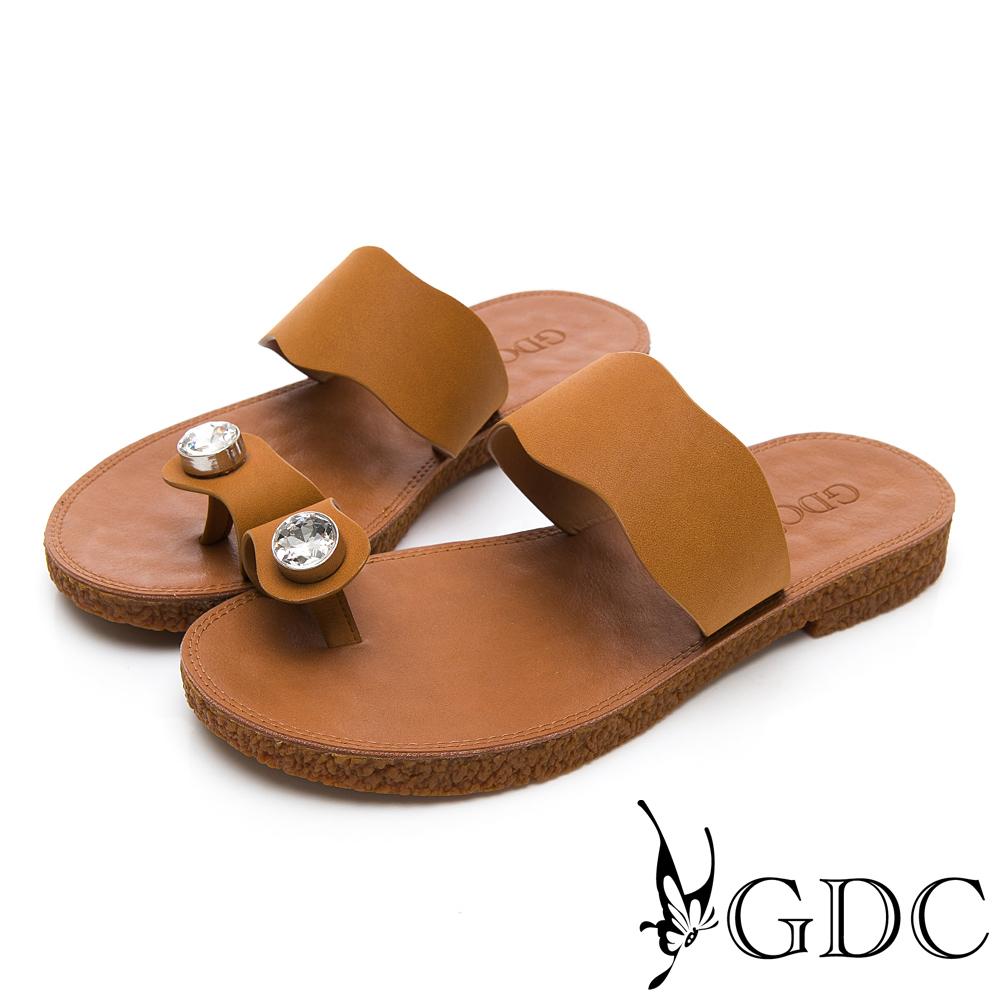 GDC-超Q軟舒適春夏必備波浪水鑽夾腳拖鞋-土黃色
