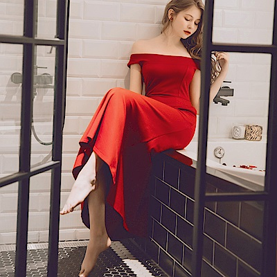 AIR SPACE 鏤空一字領約會長洋裝(紅)