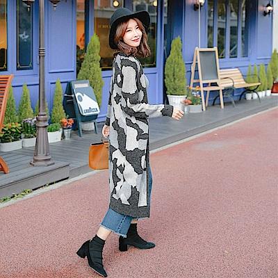 配色滿版迷彩開襟針織長版外套.3色-OB大尺碼