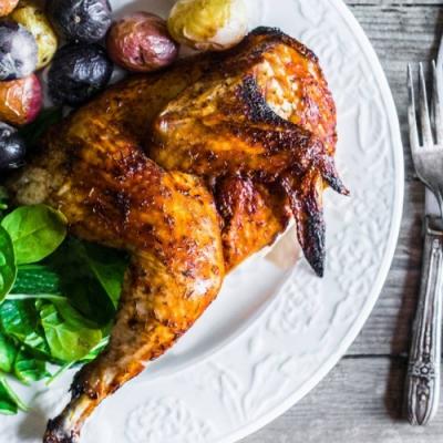 (滿額) 約克街肉舖 主廚調味紐奧良半雞1付  (500公克±10%/付)