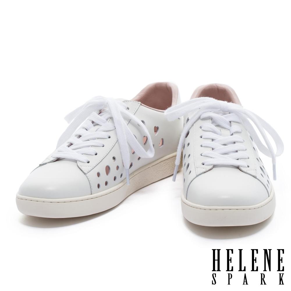 休閒鞋 HELENE SPARK 清新簡約幾何沖孔純色全真皮厚底休閒鞋-白