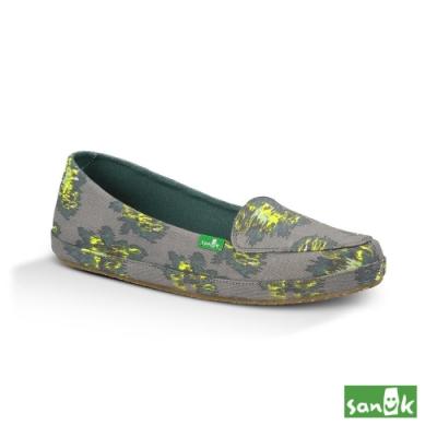 SANUK 女款 US7 印花帆布娃娃鞋(灰色)