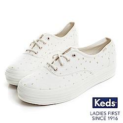 Keds TRIPLE 燙金圖騰厚底綁帶休閒鞋-奶油白