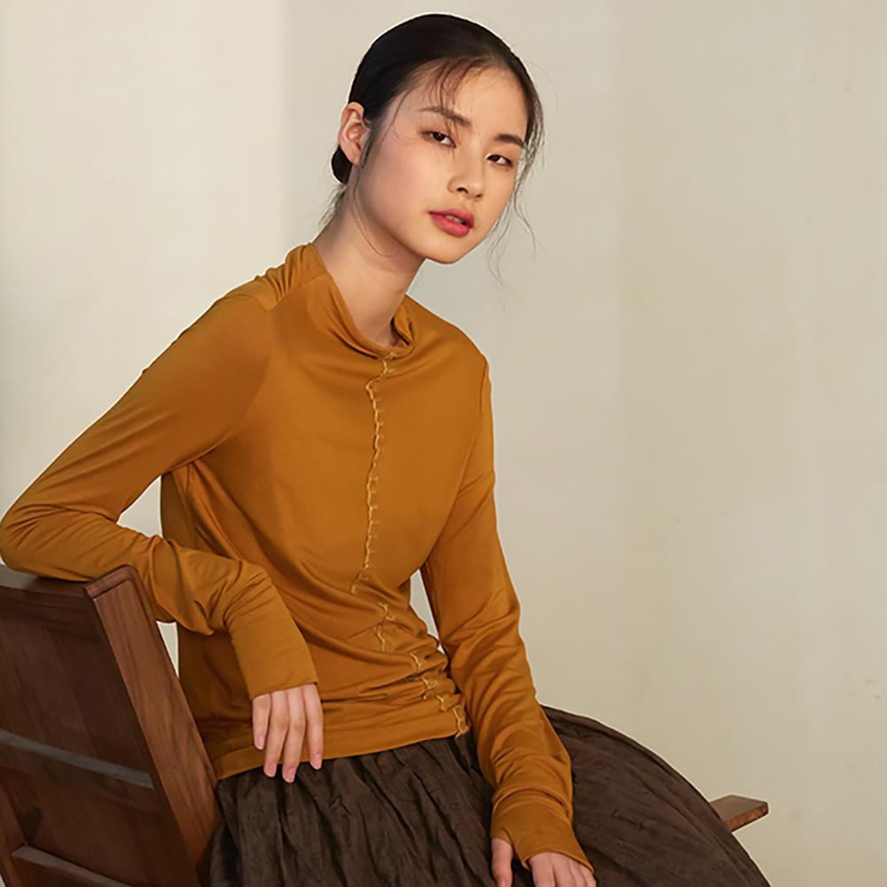 旅途原品_線鎖_原創設計書線訂修身針織T恤-薑黃/軍綠