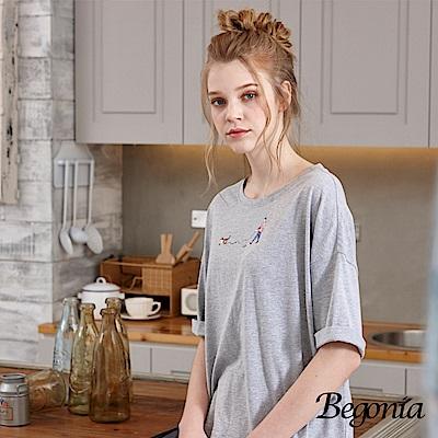Begonia 遛狗彩圖落肩柔棉上衣(共兩色)